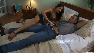 Missy Stone wears high heels and gets both of her holes pounded