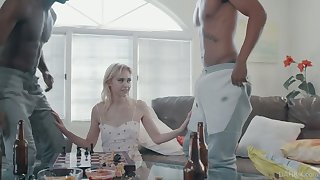 Skinny blonde with small tits Chloe Cherry gets double penetrated