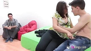 I act up my girlfriend to Jordi! Young couple's tricky cuckold scene